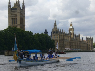 Sophie Neville rowing The Drapers Barge