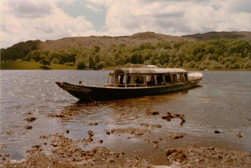 Was this the houseboat Arthur Ransome had in mind? ~ photograph taken by Martin Neville in 1973