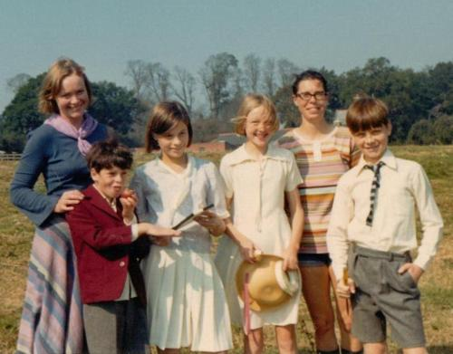 'Swallows and Amazons'(1974) Daphne Neville with Stephen Grendon, Suzanna Hamilton, Sophie Neville, fellow chaperone, Jane Grendon and Simon West on location in 1973