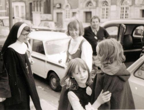 sister Allyne, Daphne Neville, Tamzin Neville and Sophie Neville