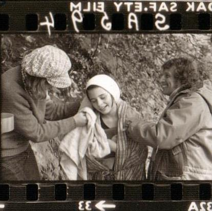 Suzanna Hamilton with director Claude Whatham on Peel Island