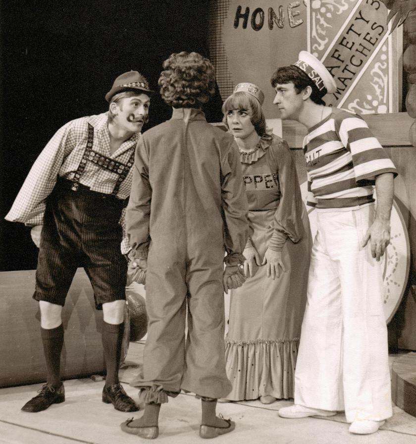 A production of 'The Gingerbread Man' at the Everyman Theatre in Cheltenham, 1976