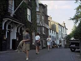 Rio - walking past the Stags Head Hotel
