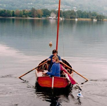 Sophie Neville with Suzanna Hamilton on Coniston Water in Falcon ~ photo: Gordon Bourne