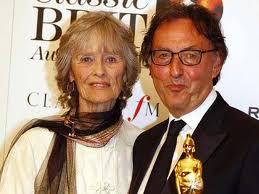 Virginai McKenna with an Oscar