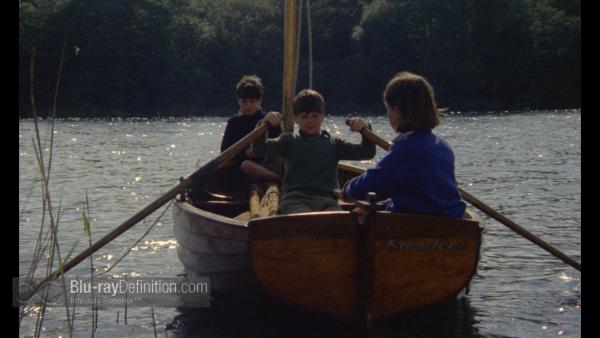 Blu-ray John rowing swallow