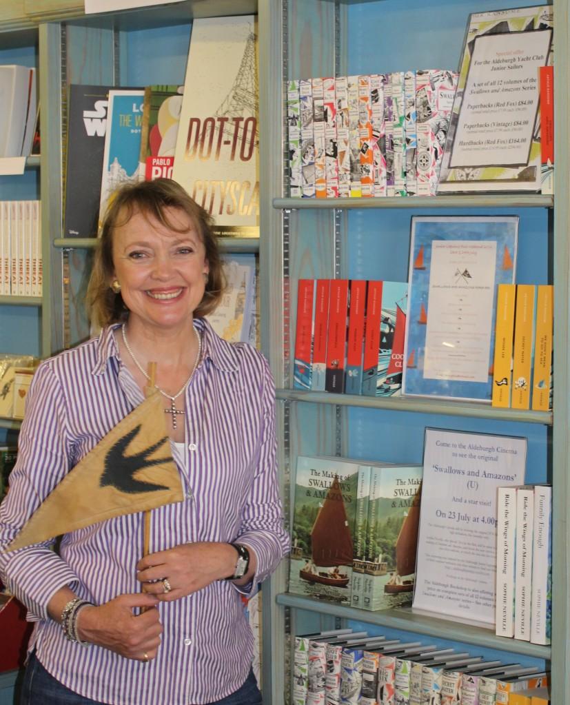 sophie-neville-signing-books-at-aldeburgh-bookshop-2016