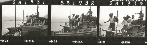 Contact sheet - Claude Whatham directing on the houseboat