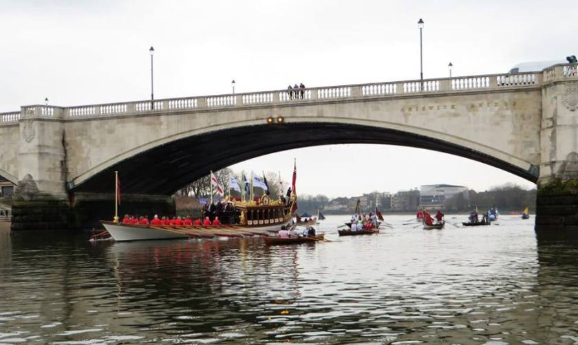 Rowing the Gloriana under Chiswick Bridge